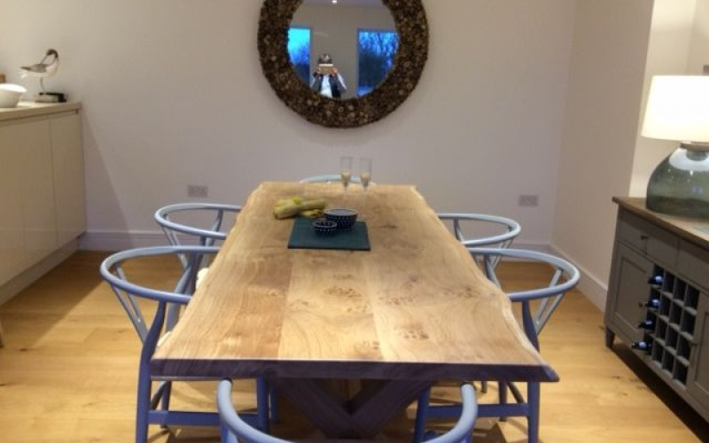 British pippy oak dining table